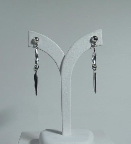 925 Sterling Silver Solid Hand Crafted Designer Drop Earrings